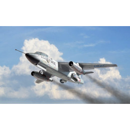 Italeri  1/72  RB-66B...