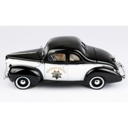 Motor Max  1/18   1940 Ford...