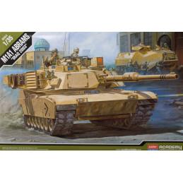 Academy  1/35  M1A1 Abrams...
