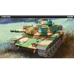 Academy   1/35   M60A2 U.S....