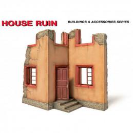 MiniArt  1/35   House Ruin
