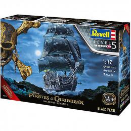 Revell  1/72  Black Pearl....