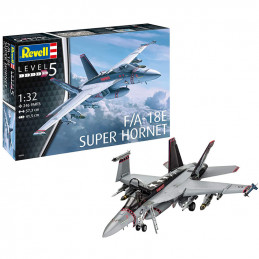 Revell  1/32  F/A - 18E...