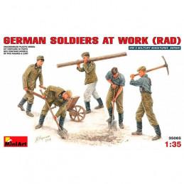 MiniArt  1/35    German...